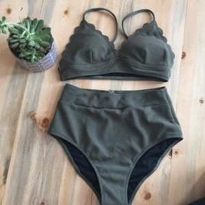 CUPSHE High-Waisted Bikini
